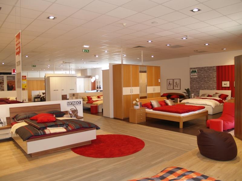 Salone dei mobili lesnina for Dove comprare camere da letto